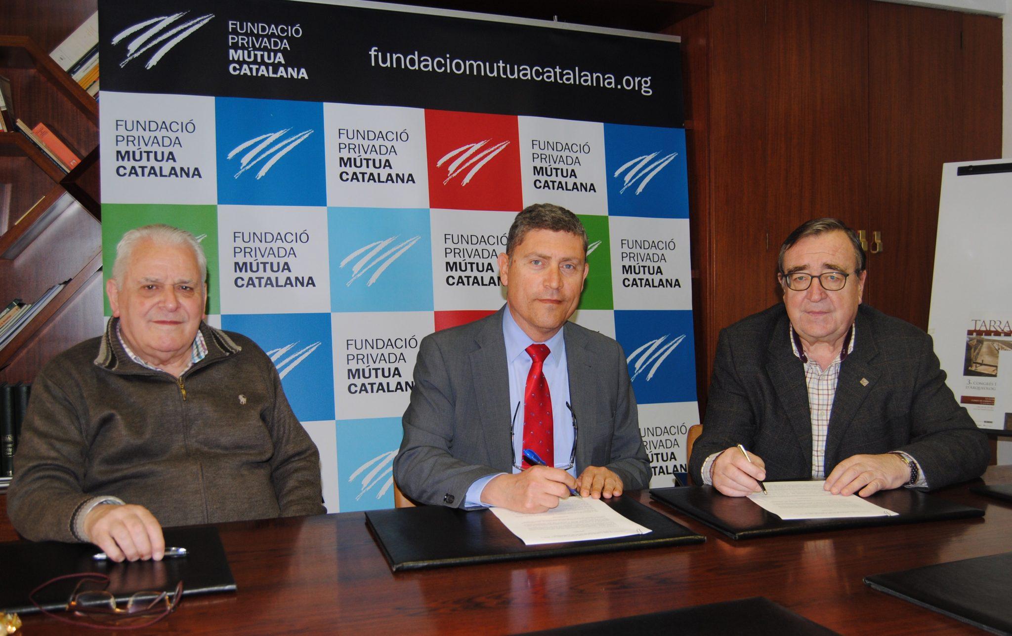 Signatura del conveni amb la Fundació Privada Mútua Catalana.